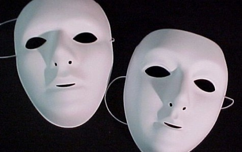 Pro vs. Con: Masks SHOULD be allowed at football games