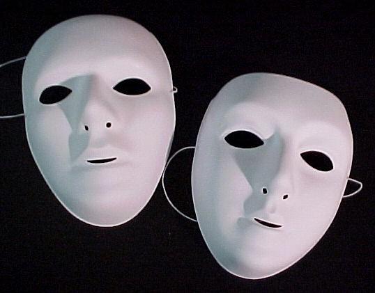 Pro vs. Con: Masks SHOULD be allowed at football games